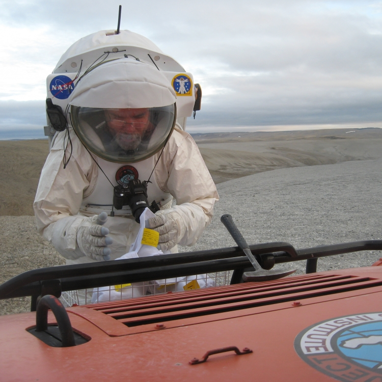Astronauts, Robots, & Rocks: Preparing for Geological Planetary Exploration