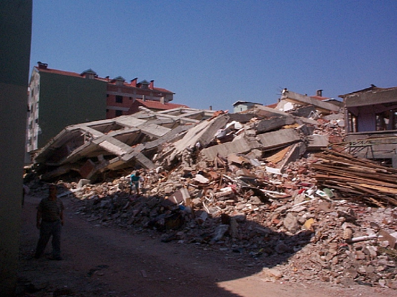 Global Death and Construction: Earthquakes on an Urban Planet