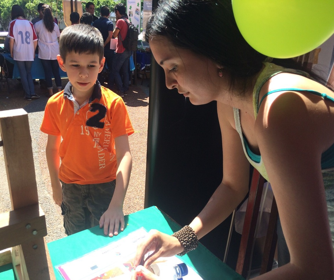 Ciencias engages bilingual students of all ages
